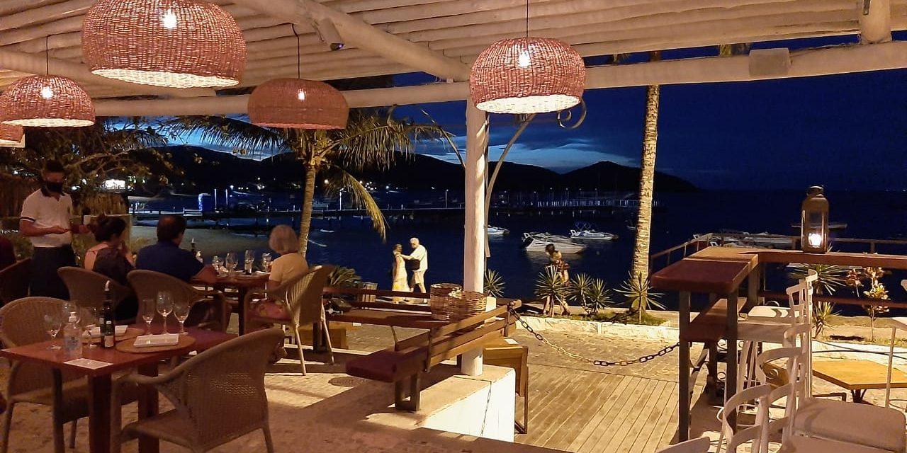 Restaurante Anexo Al Mare, novo empreendimento do Grupo BZ, inaugura na Orla Bardot com menu de frutos do mar.